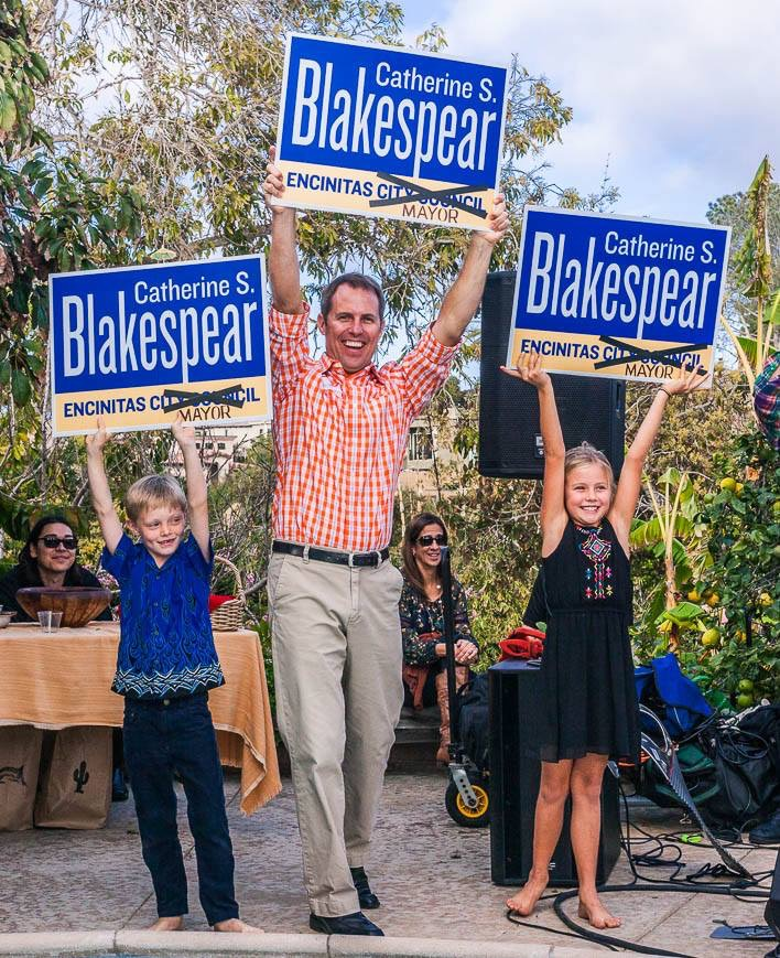 Catherine Blakespear for Mayor Signs